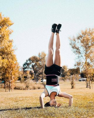 Blijf actief 👊💦 #sweetsweat  #Results #cardioworkout #sweetsweatnederland #waisttrimmer #buikspieren #afvallen #zweet #zweetband #crossfit #cardio #fitness #warmup #followme #motivatie #afslankband #beachbody #summerbody #killerbody #bodysculpting #gezondafvallen #fitness #waistshaper #workout #workoutmotivation #fitdutchies #coronakilos #loopbands #kickboxing #trimmercleaningspray #saunabelt